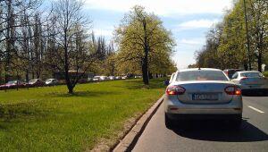 Frezują Trasę Łazienkowską Ochota i Śródmieście w korkach