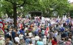 Na marszu jest 200 osób