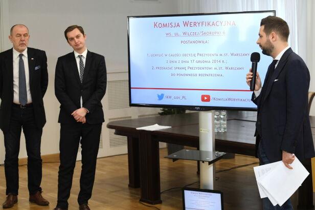 Komisja unieważniła zwroty kolejnych nieruchomości PAP/Piotr Nowak