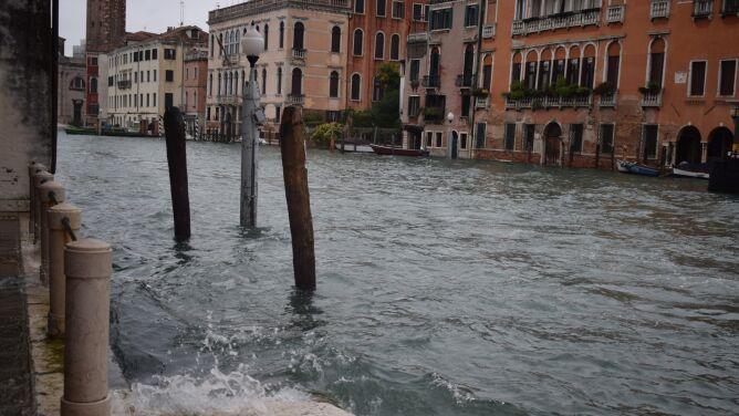 Zalana Wenecja. Połowa miasta znalazła się pod wodą